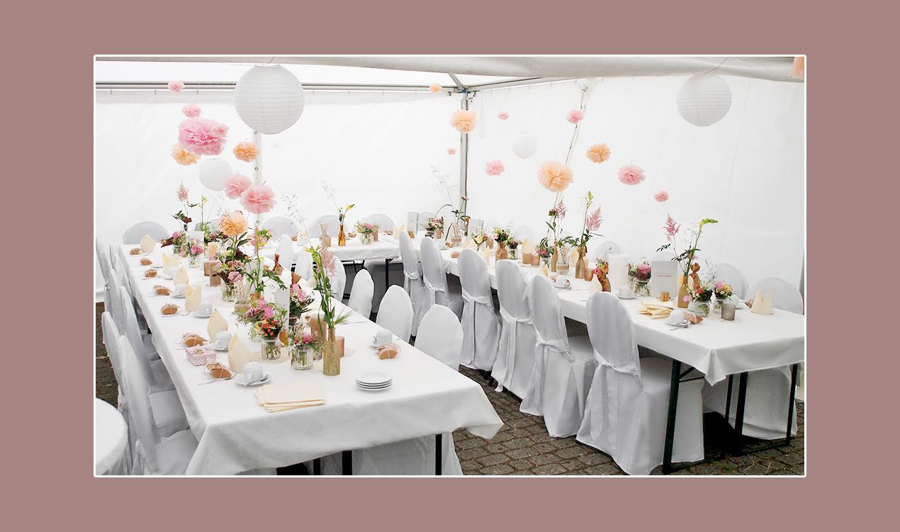 Tischdeko-Hochzeit-im-Zelt
